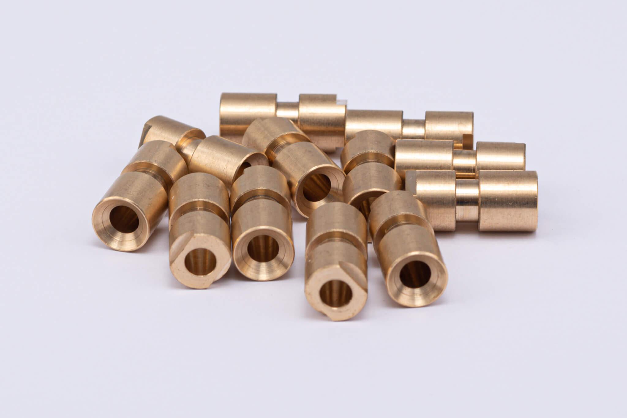 CNC milling & turning, CNC frezavimas ir tekinimas